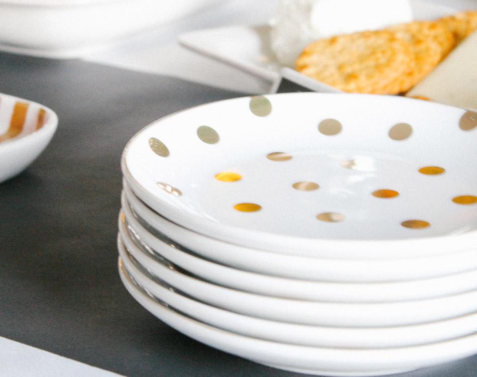 8 Oak Lane Gold Dot Dessert Plate