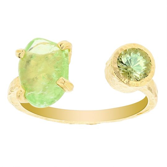 14K Yellow Gold Cabochon Freeform & Round Green Garnet Hammered Open Ring