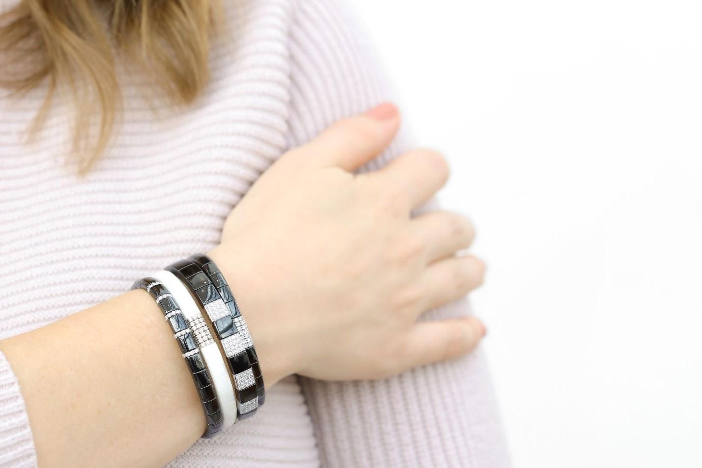 black bracelet stack