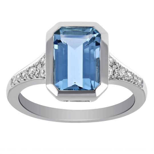 14K White Gold Emerald Cut Aquamarine Ring with Tapered Diamond Shank